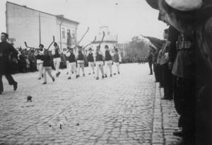Corneliu Z. Codreanu: ADUNAŢI-VĂ